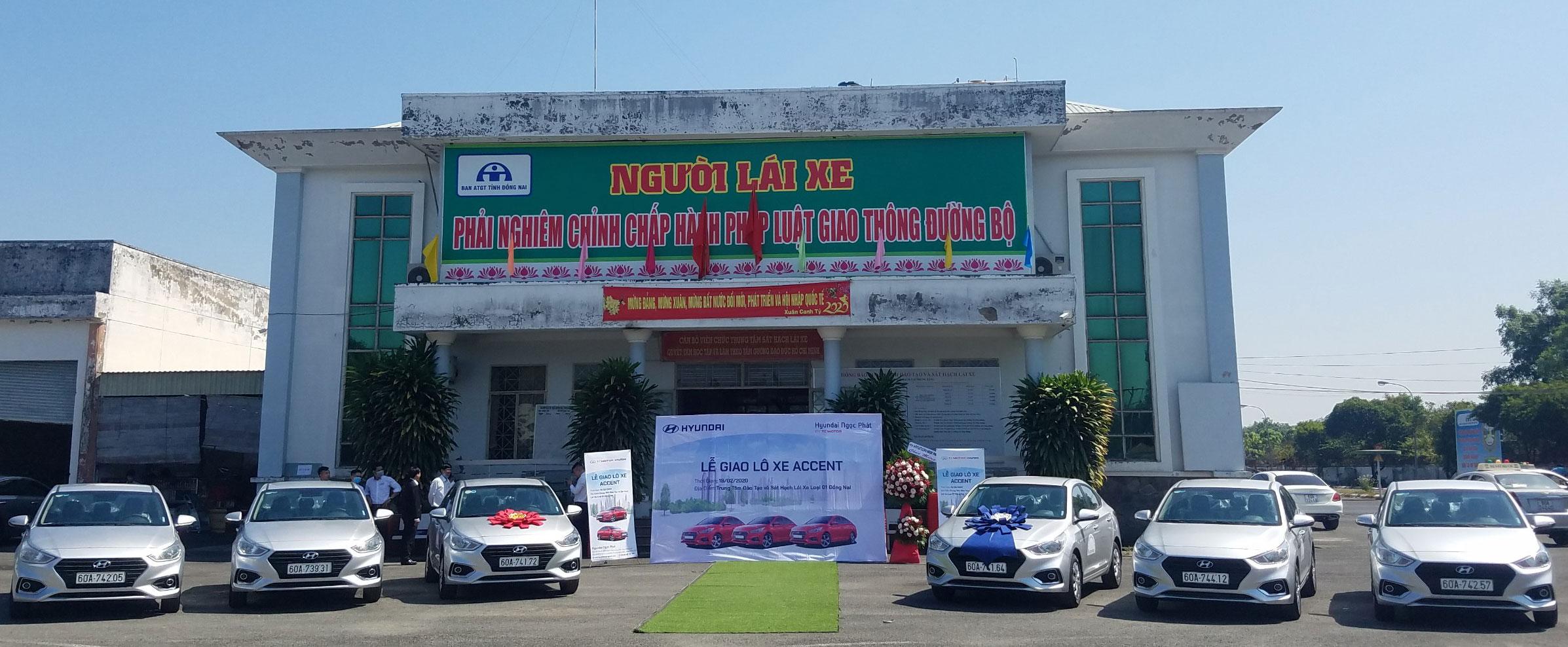 Lễ giao lô xe Accent tại Trung Tâm Đào Tạo Và Sát Hạch Lái Xe Loại I Đồng Nai